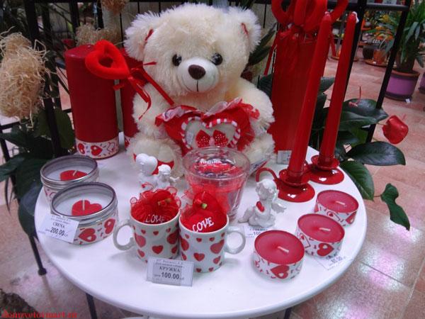 chto-podarit-na-den-svyatogo-valentina-devushke-3