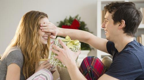 Как устроить день рождения жене