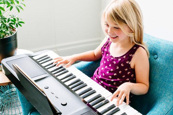 podarok-pianistu-ot-praktichnosti-do-kreativa