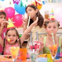 Сценка на день рождения девушке прикольные